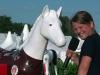 SportXperte Theresa im Interview mit dem ofiziellen St. Pauli-Pferd