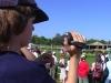 SportXperte Emil filmt den Einlauf der Pferde