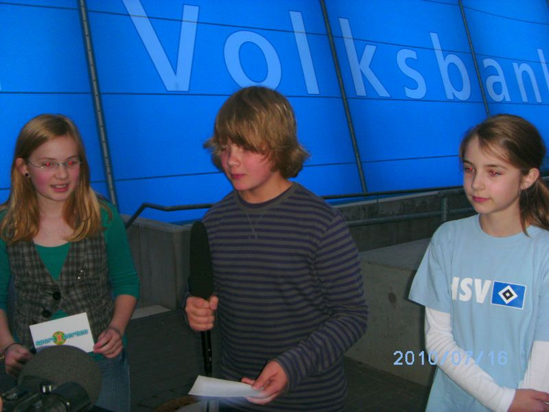Vor der Volksbank-Arena