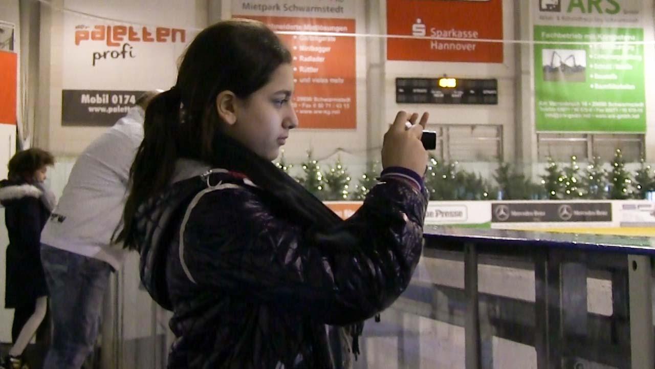 Aleyna in der Eishalle