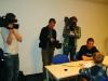 Auch Fernsehteams waren beim Interview dabei.